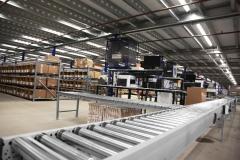BJ-solutions-riem-aangedreven-rollerbaan-magazijninrichting