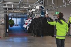 trolley-systeem-met-telescoop-vrachtwagen-kleding-opslag